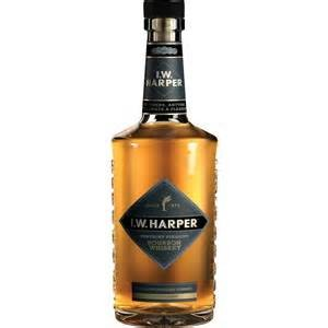I.W. Harper Kentucky Straight Bourbon Whiskey 41% ABV 750ml