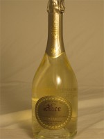 Conegliano Valdobbiadene DOCG Le Vigne di Alice Extra Dry Prosecco Superiore 11.5% ABV 750ml