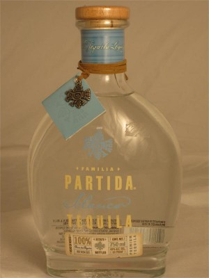 Familia Partida Tequila Blanco 40% ABV 750ml