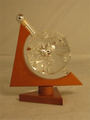 Hohmann Eau-de-Vie de Poire William in mounted crystal ball display 40% ABV 200ml