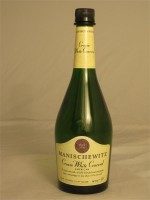 Manischewitz Cream White Concord  11% ABV 750ml