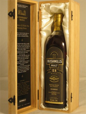 Bushmills Single Malt Irish 21yr Rare  Irish Malt Whiskey 40% ABV  750ml