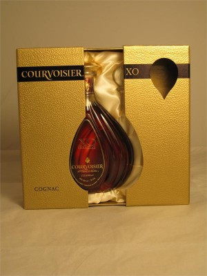 Courvoisier XO Imperial Cognac 40% ABV 750ml