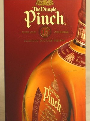 The Dimple Pinch 15 Year Blended Scotch Whisky